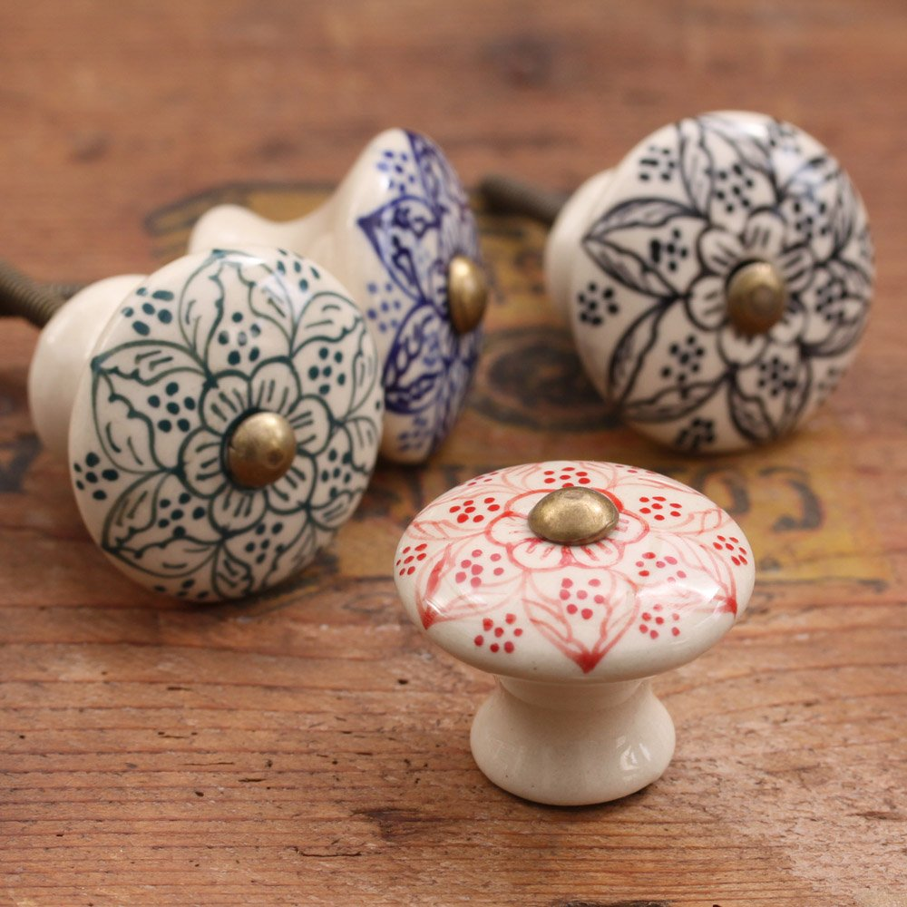 Image of: Ceramic Knobs Style