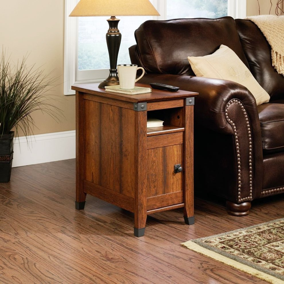 Image of: Chairside Table With Lamp