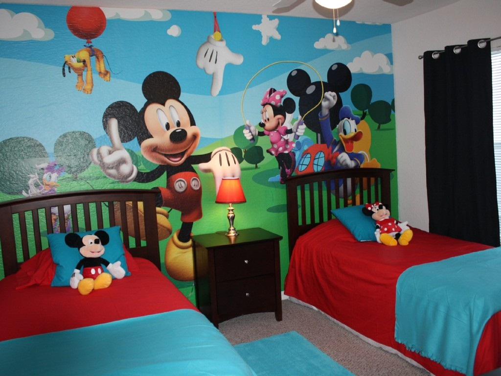 Image of: Cheap Minnie Mouse Bedroom Decor