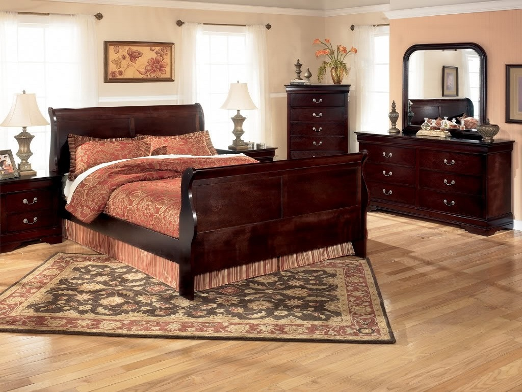 Image of: Cherry Bedroom Furniture Paint Colors