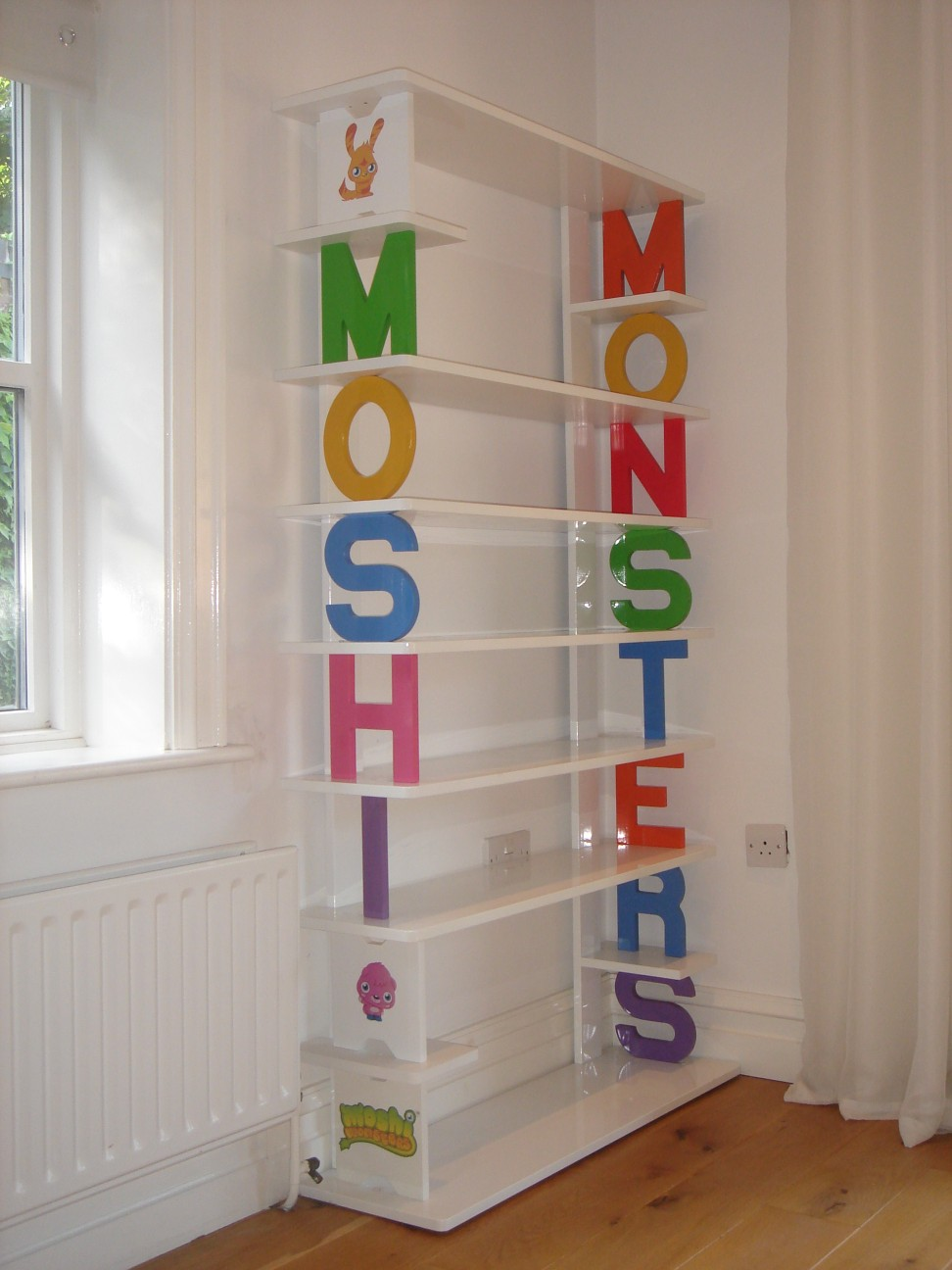 Image of: Childrens Bookcase Ideas