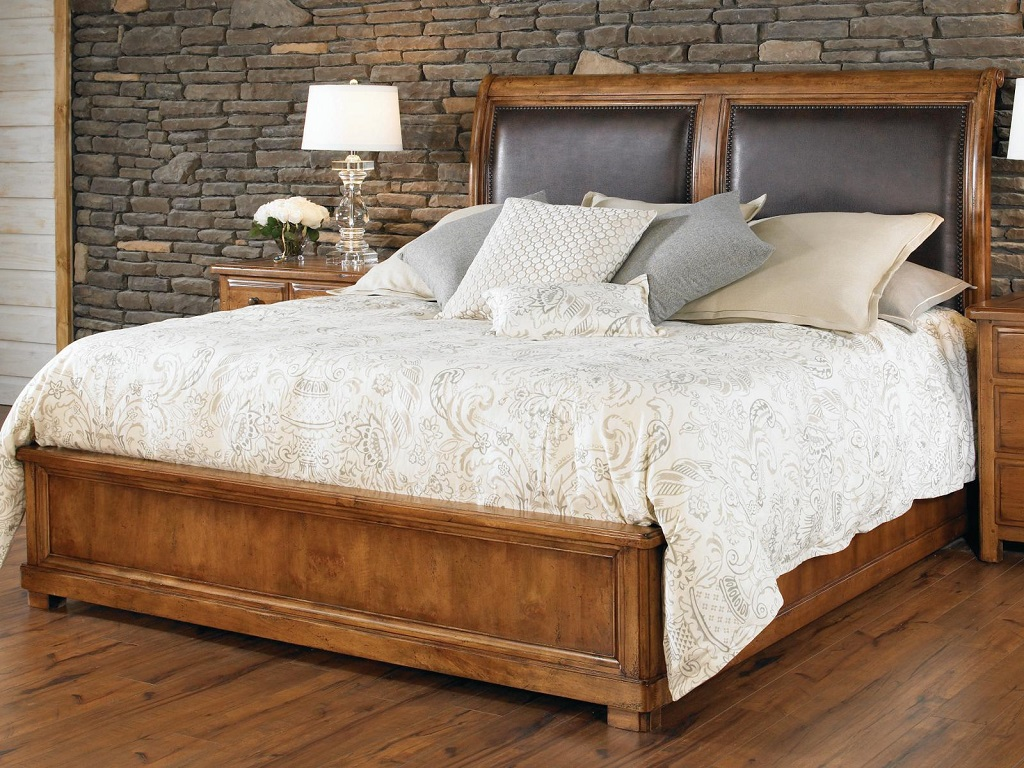 Image of: Coal Creek Mansion Bedroom Set Reviews