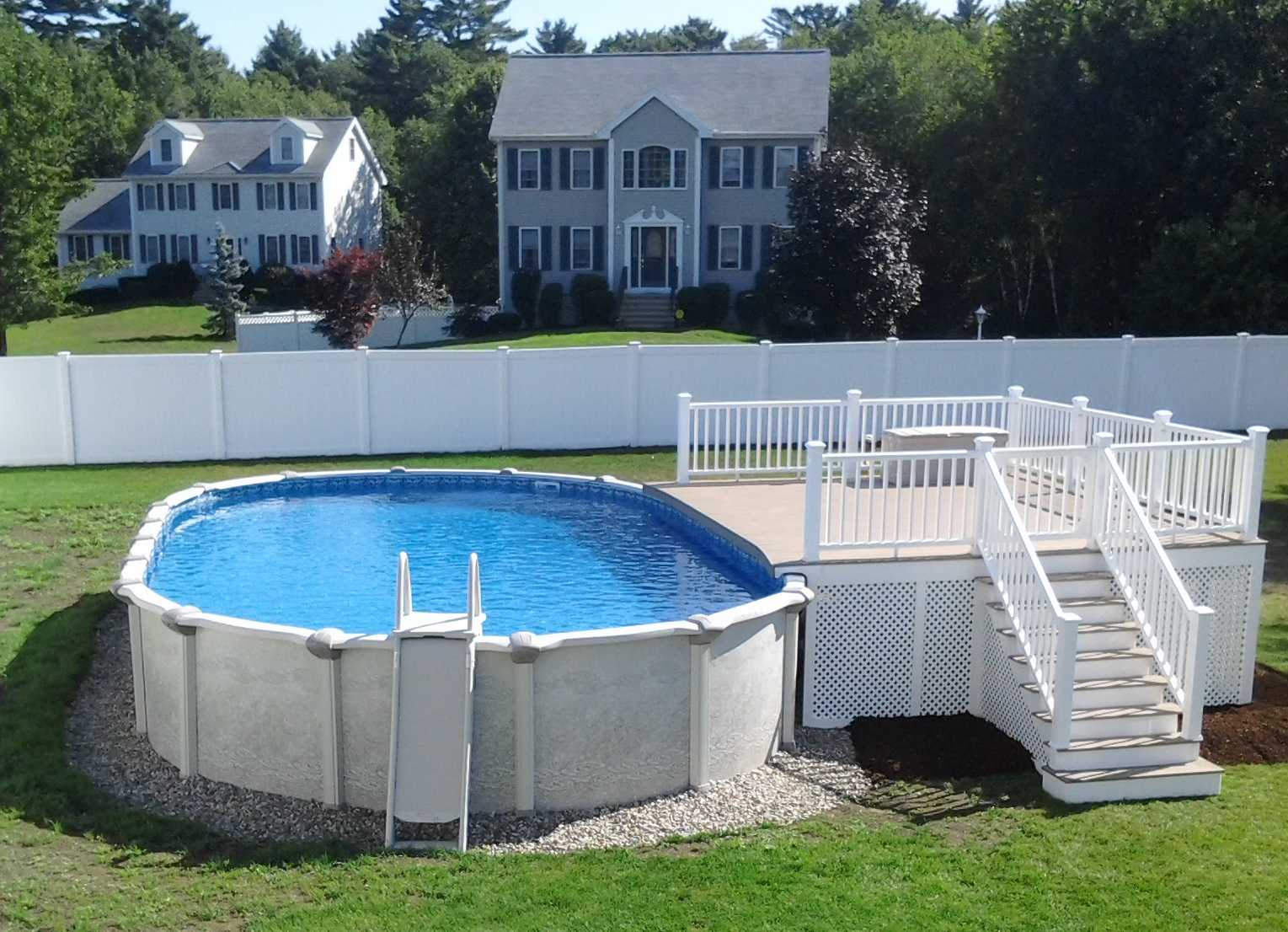 Image of: Contemporary Above Ground Swimming Pool Decks