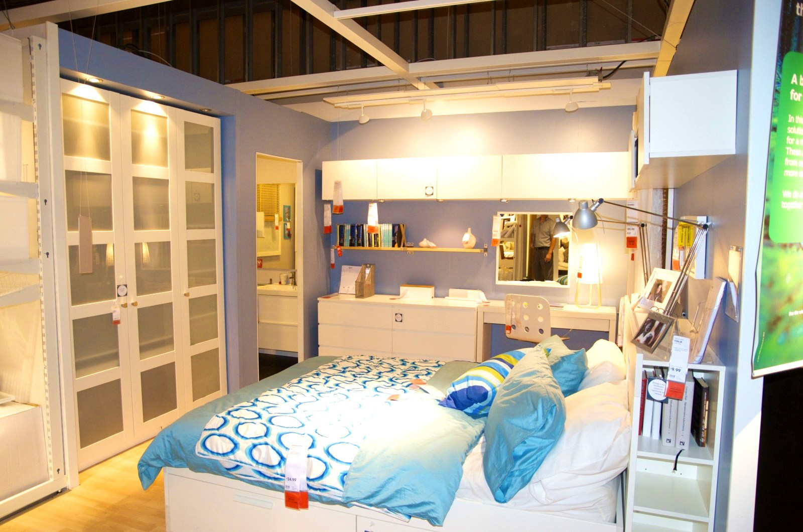 Image of: Converting A Garage Into A Bedroom