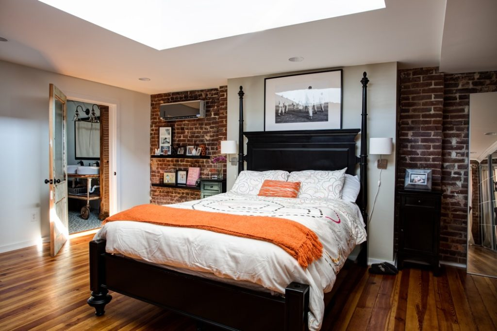 Image of: Converting A Single Garage Into A Bedroom
