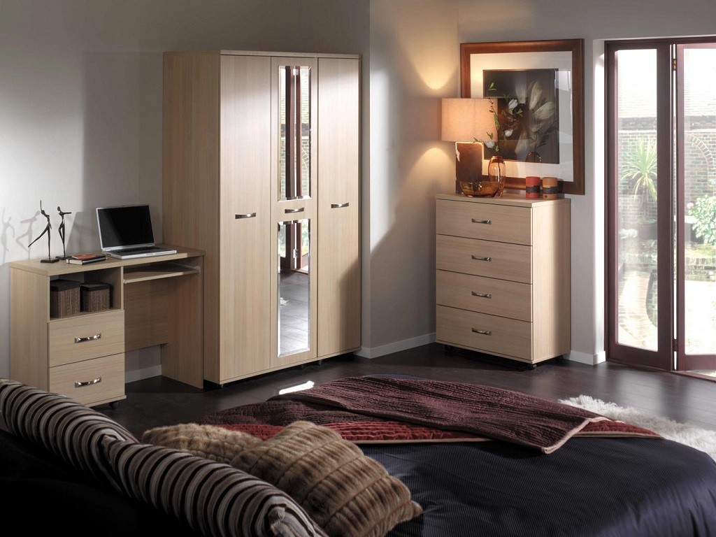 Image of: Cozy Bedroom Ideas For Guys