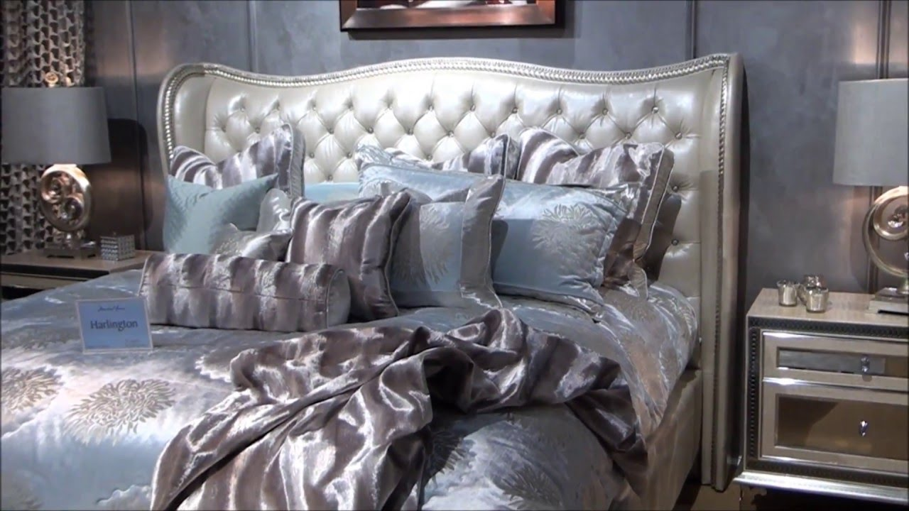 Image of: Cozy Hollywood Swank Bedroom Set
