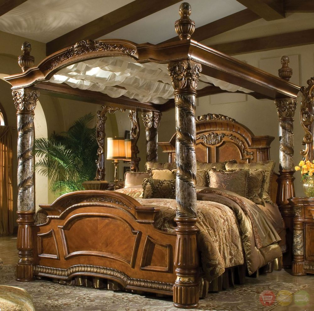 Image of: Cozy King Canopy Bedroom Sets