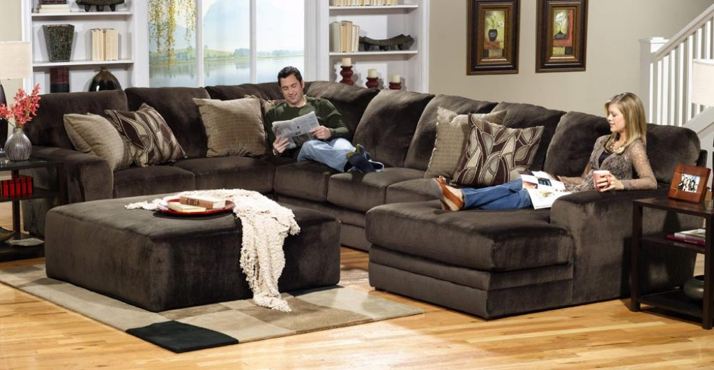 Image of: awesome curved deep seated sofa