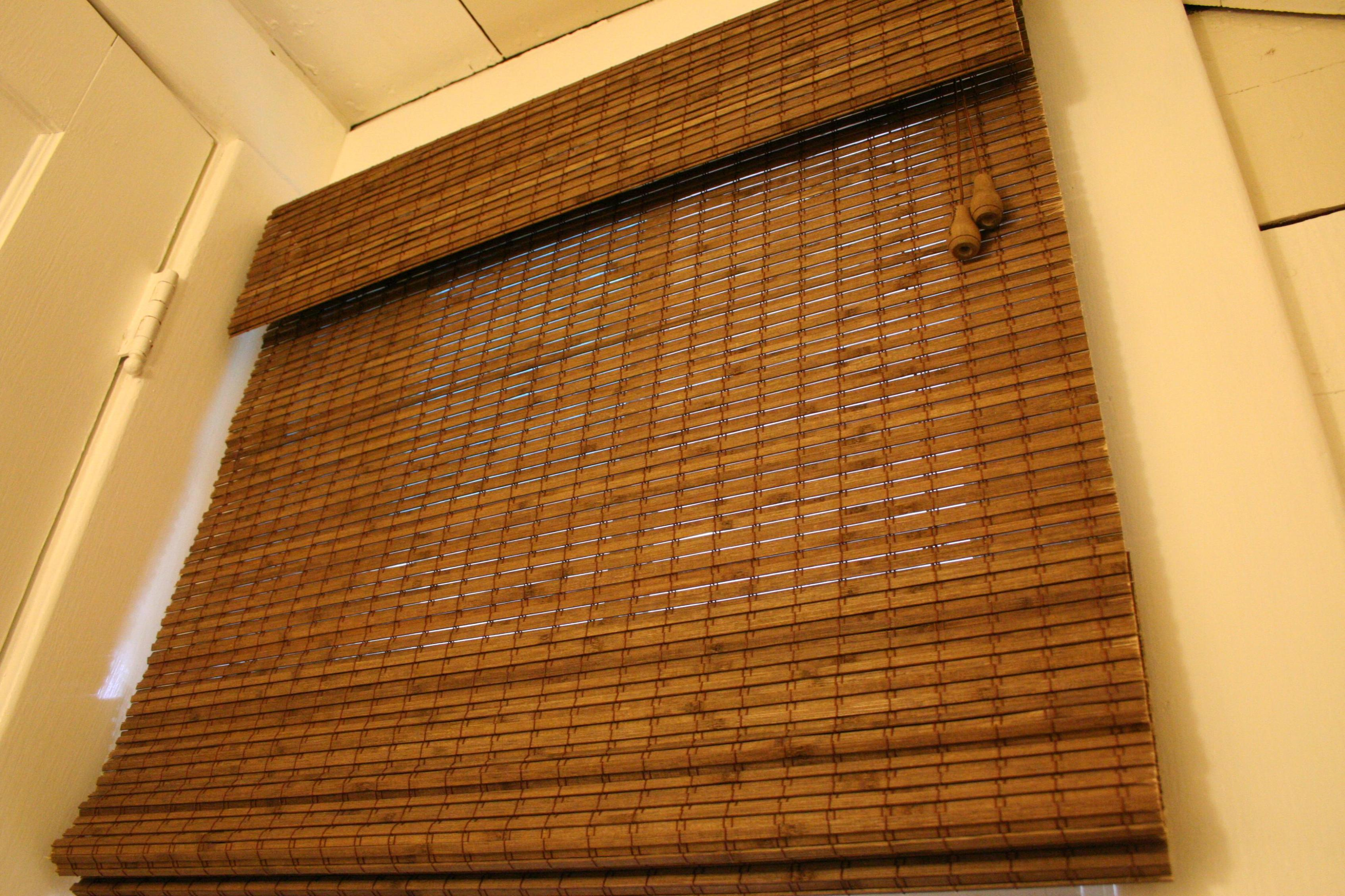 Image of: Custom Bamboo Roman Shades