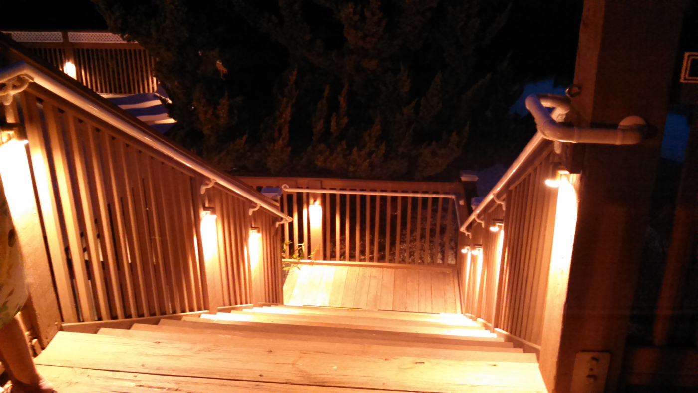 Image of: Cute Deck Stair Lights