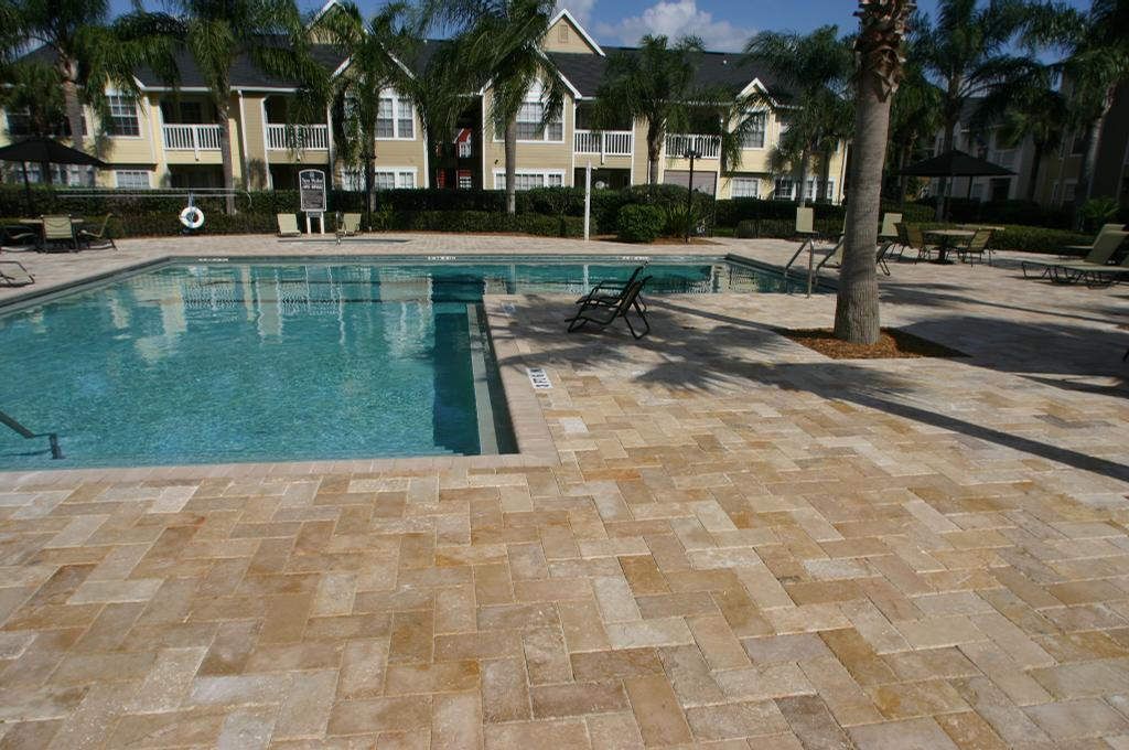 Image of: DIY Travertine Pool Deck
