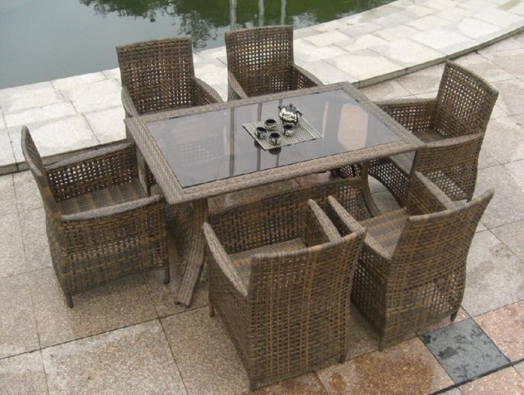 Image of: dark brown rattan dining chairs