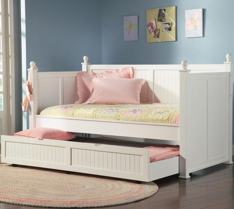 Image of: daybeds with trundle for girl