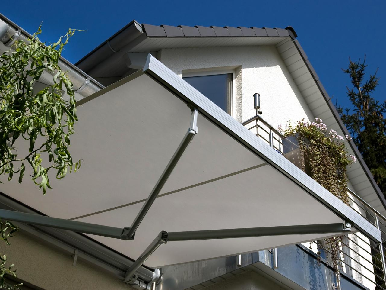 Image of: Deck Awnings Type