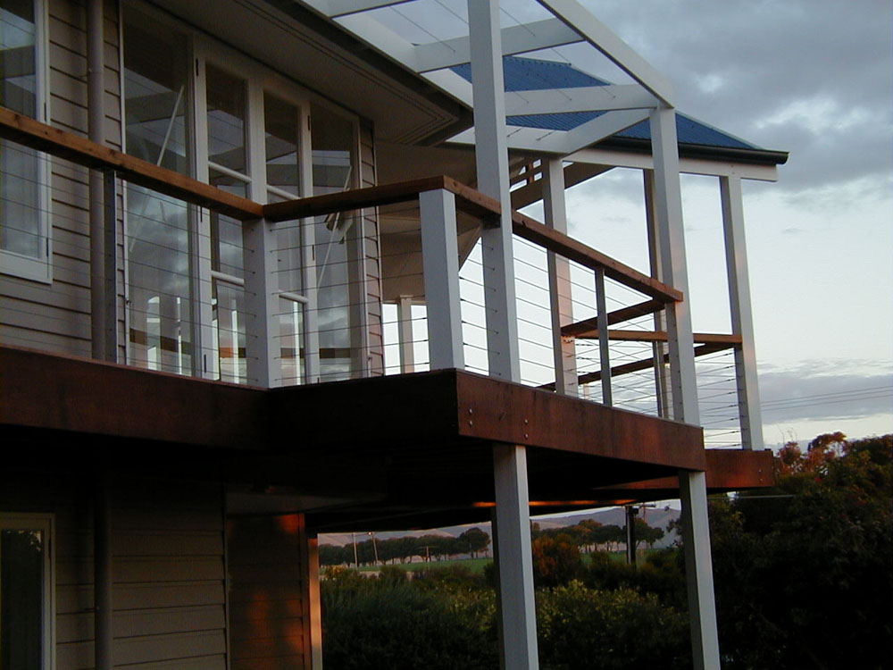 Image of: Deck Netting For Pets