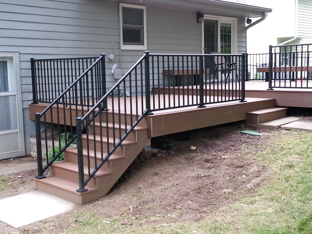 Image of: Deck Railing Spindles Ideas