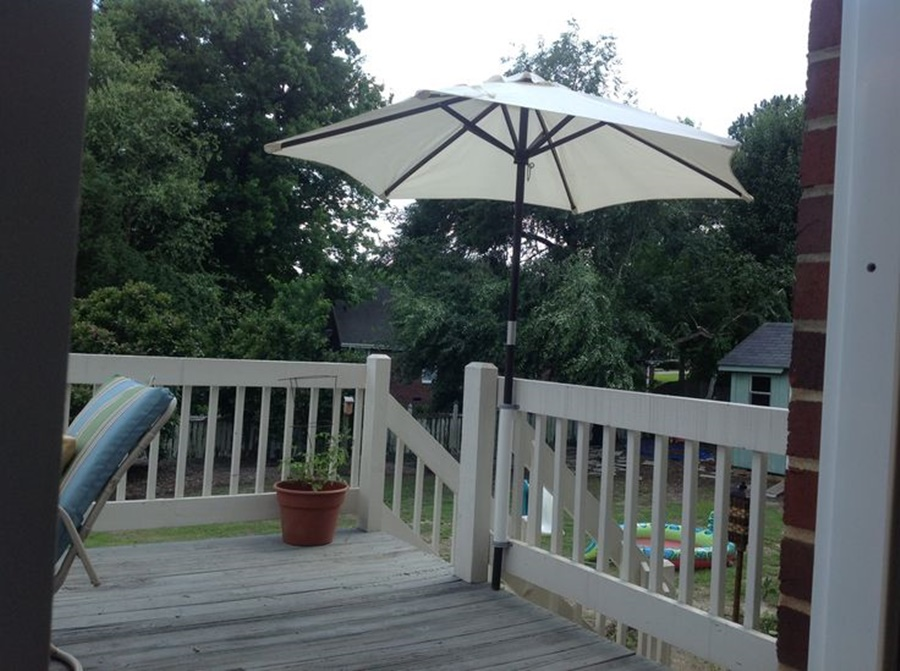Image of: Deck Umbrella Mount Ideas