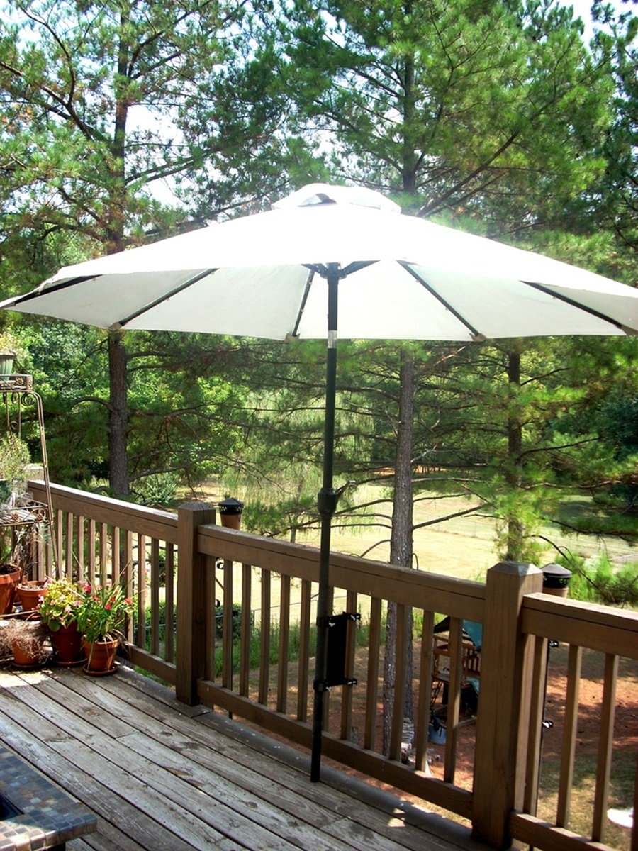 Image of: Deck Umbrella Mount Stand