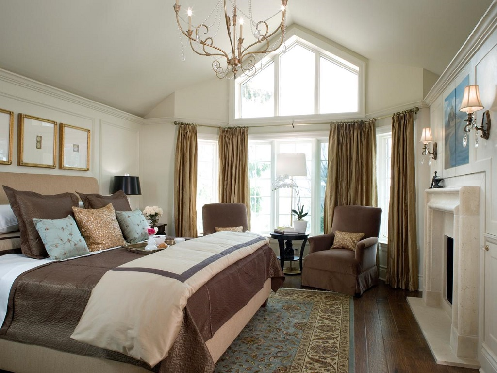 Image of: Decorating Master Bedroom With Gray