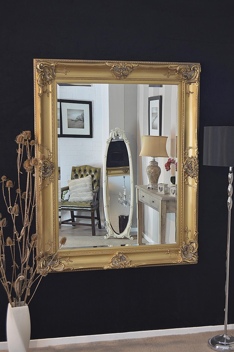 Image of: Decorative Gold Framed Wall Mirror
