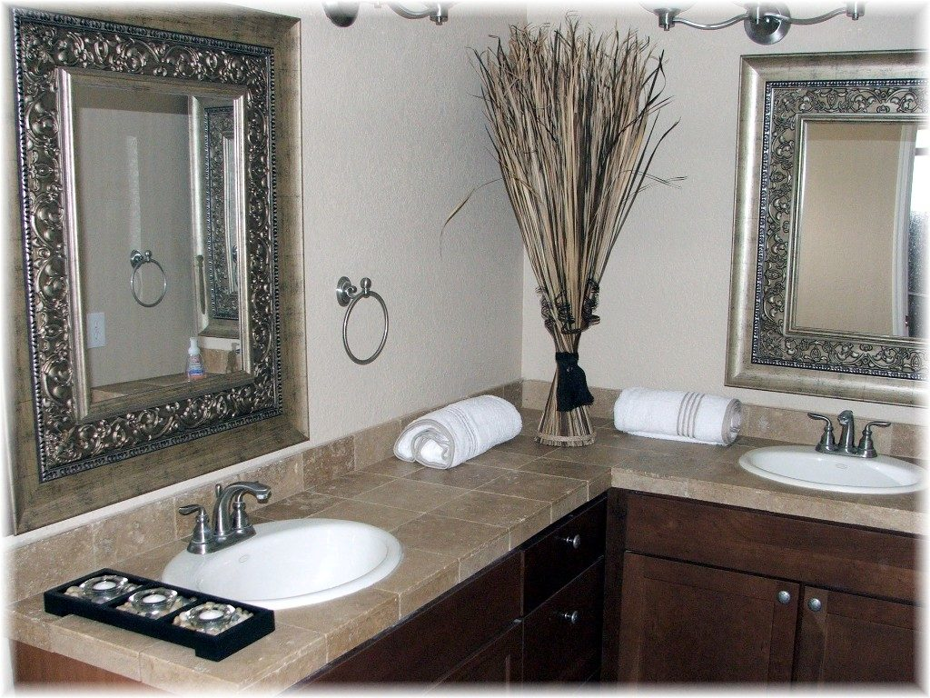 Image of: Decorative Oil Rubbed Bronze Mirrors Bathroom