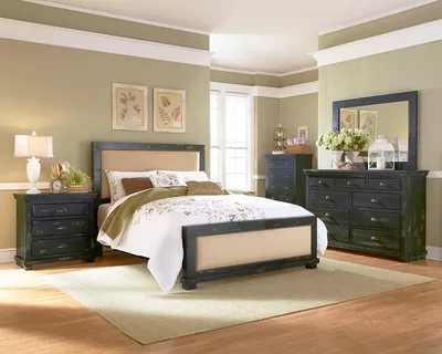 Image of: Distressed Wood Bedroom Furniture