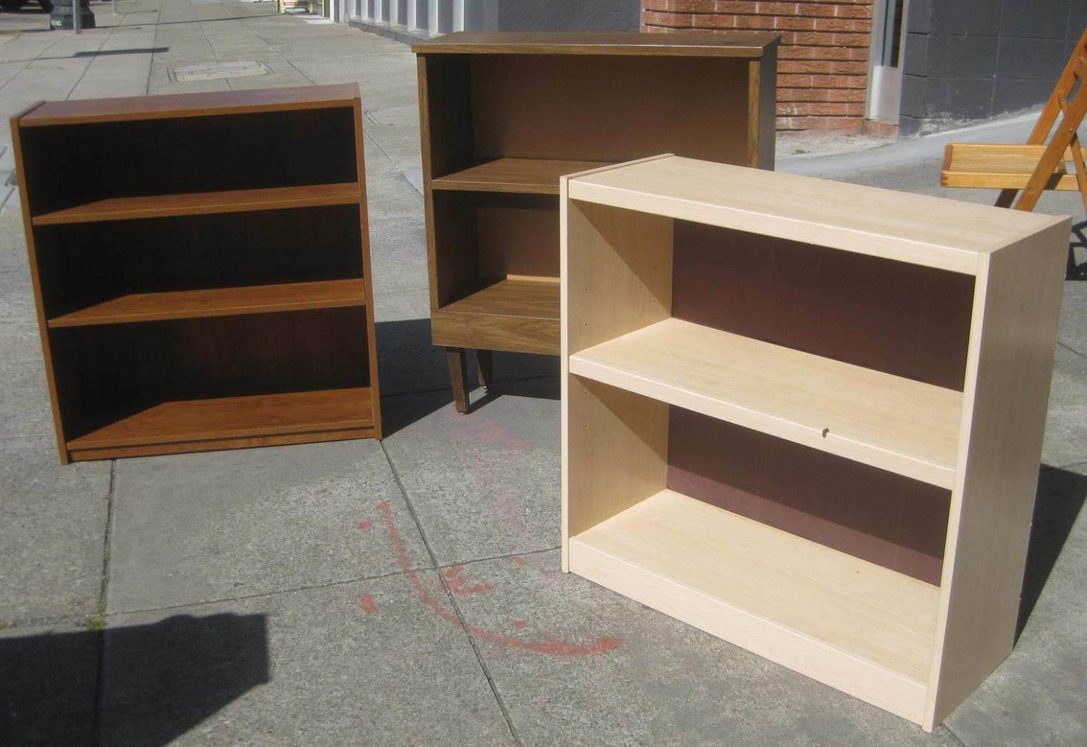 Image of: Diy Short Bookcase