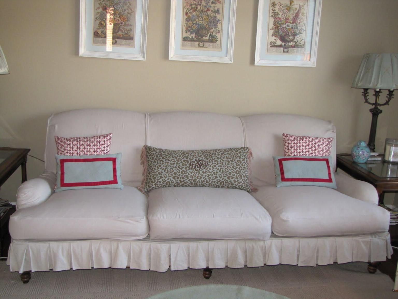 Image of: Diy Slipcover Sofa