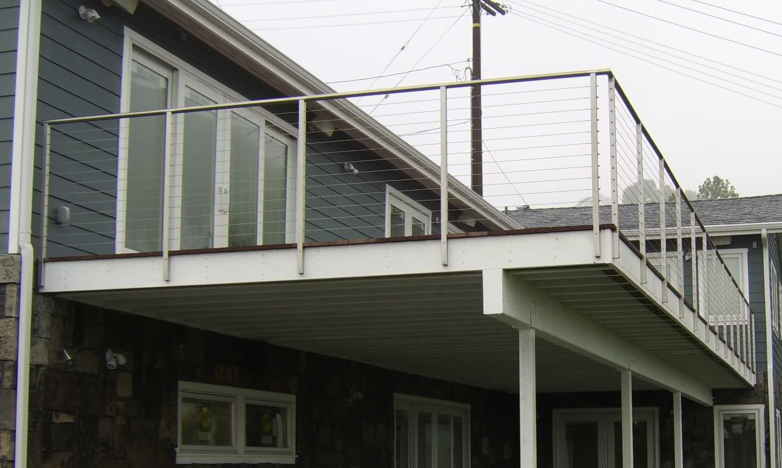 Image of: Diy Stainless Steel Deck Railing Systems