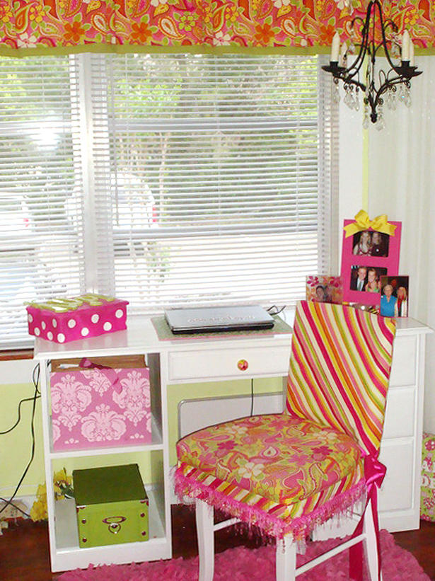 Image of: Dorm Room Chair Bed