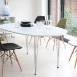eames dining chair black base