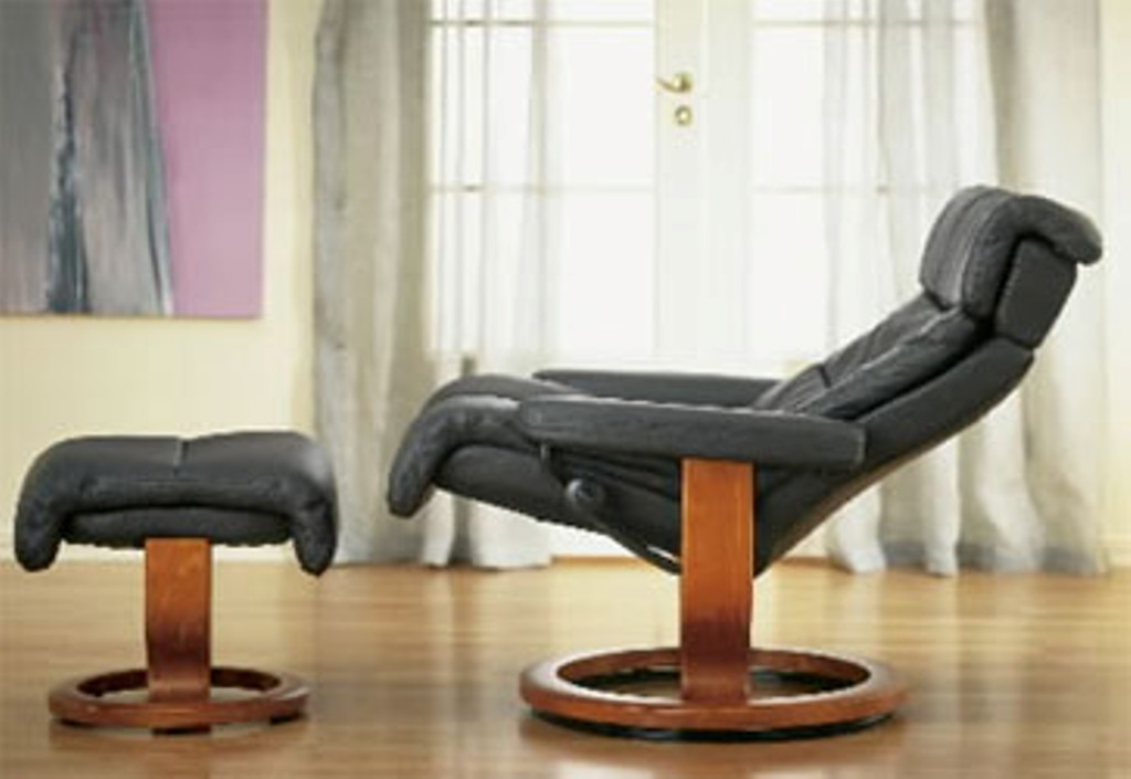 Image of: eames lounge chair back pain