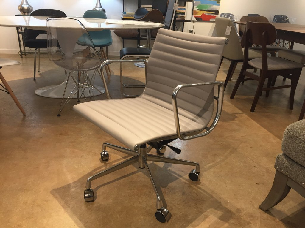 Image of: eames office chair replica