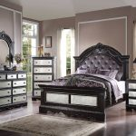 Elegant Mirrored Bedroom Furniture Sets