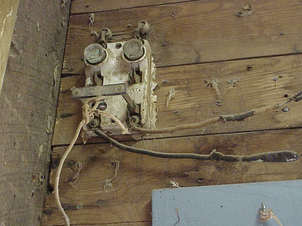 Image of: Farm Knob and Tube Wiring