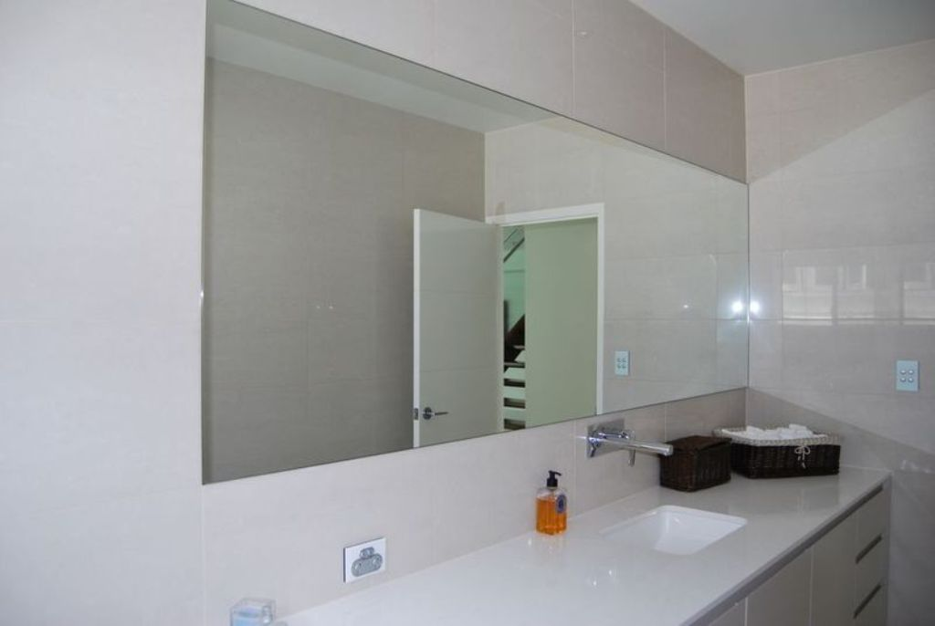 Image of: Frameless Wall Mirror Mounting Brackets