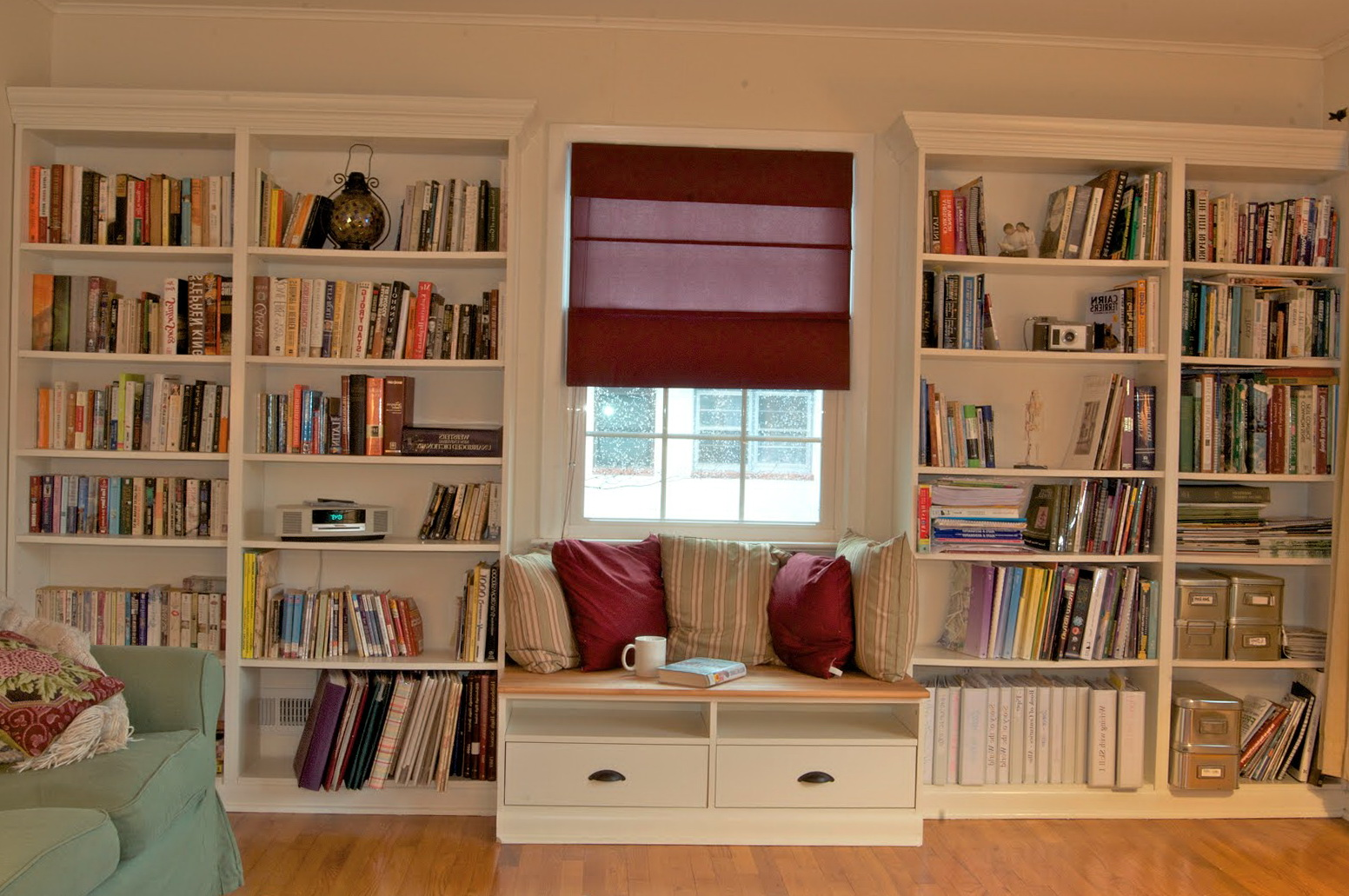 Image of: Free Built In Bookcase Plans