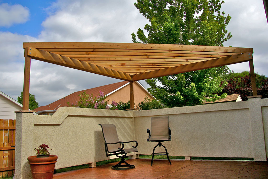 Free Triangular Pergola Plans