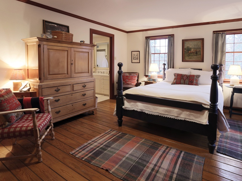 Image of: Furniture Row Bedroom Sets Rustic