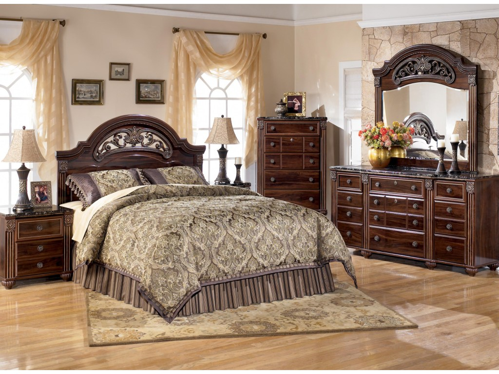 Image of: Gabriela Bedroom Set King