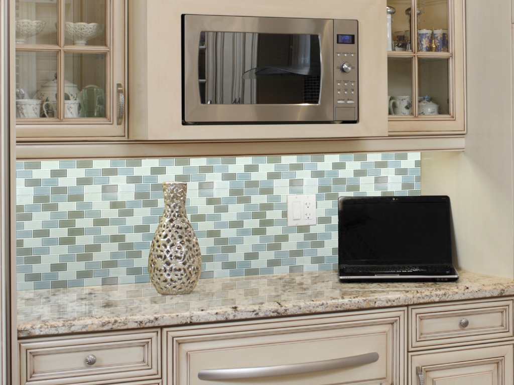 Image of: glass tile backsplash pictures ideas
