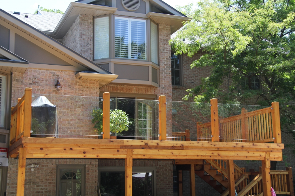 Image of: Glass and Wood Railings for Decks