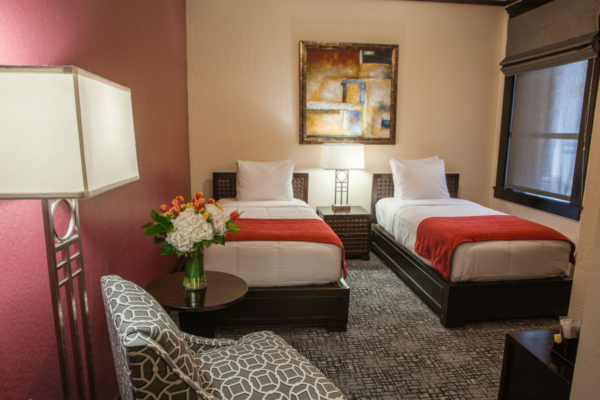 Image of: Guest Room 2 Twin Beds