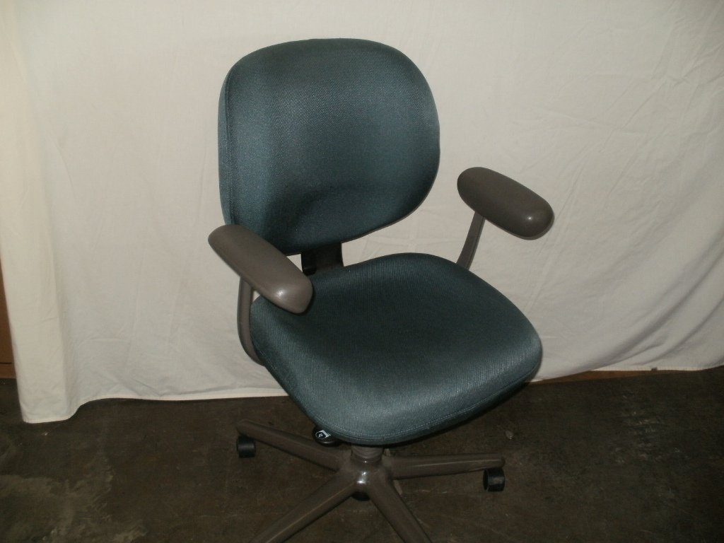 Image of: Herman Miller Office Chairs Black