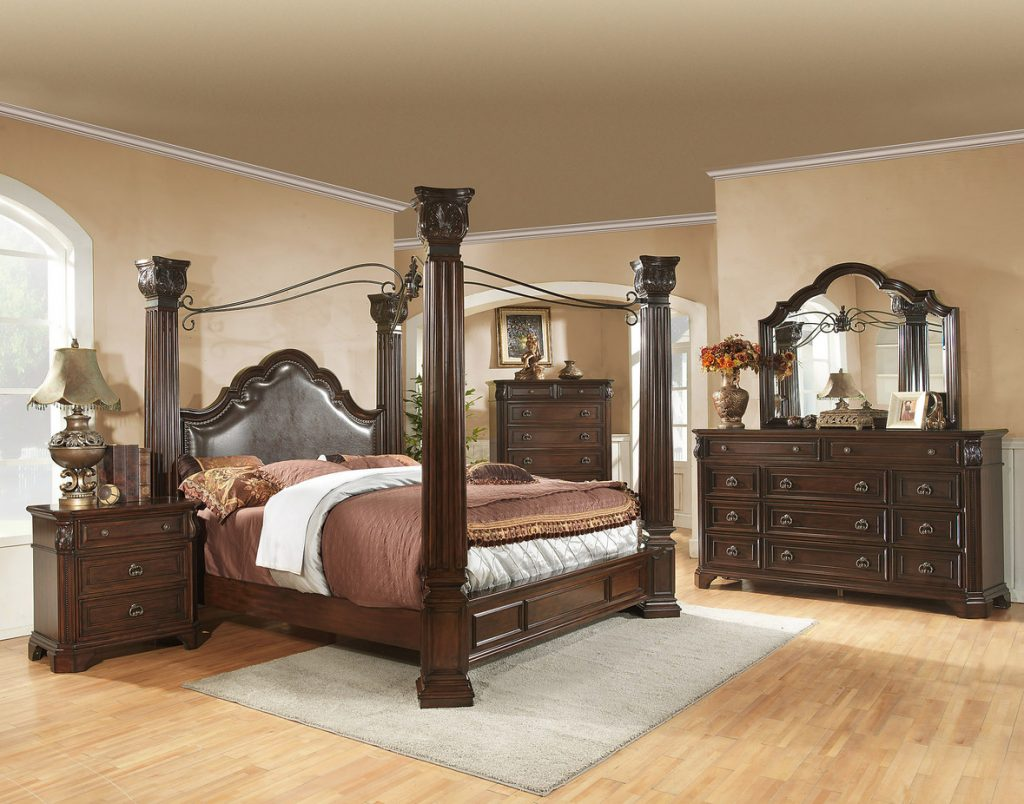 Image of: Ideas King Canopy Bedroom Sets