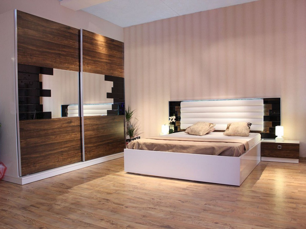 Image of: Images Of Beautiful Bedroom Sets