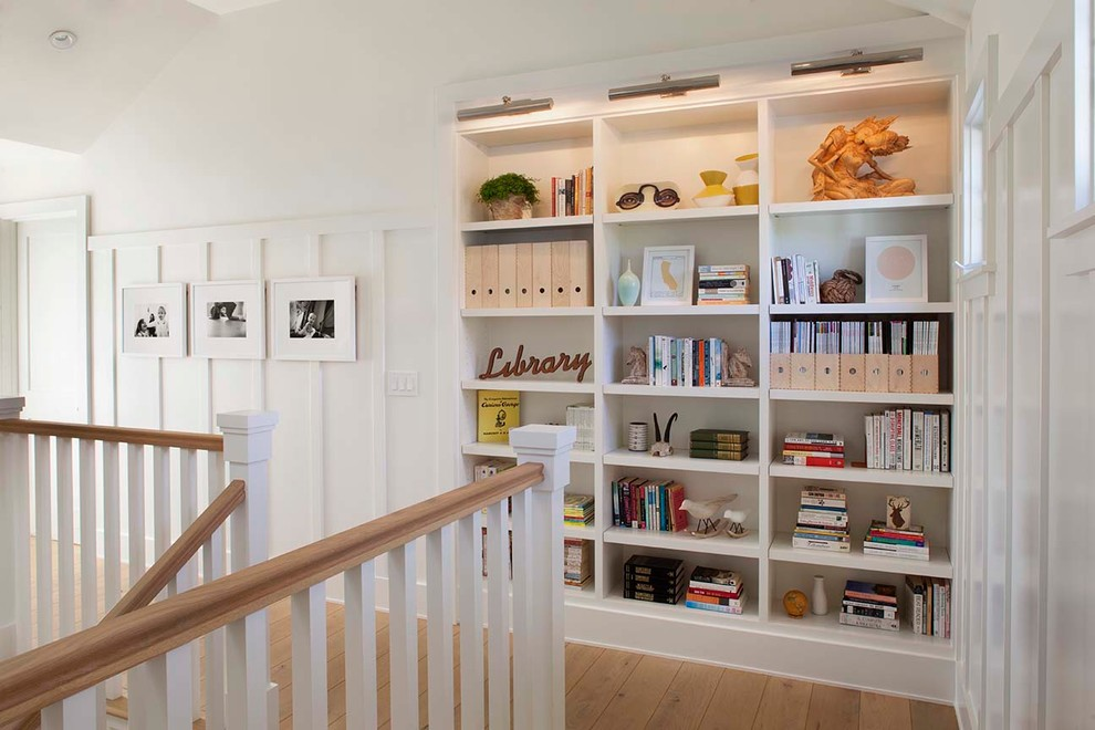 Image of: Innovative Built In Bookcase Plans