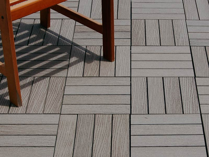 Image of: Interlocking Wood Deck Tiles Paint