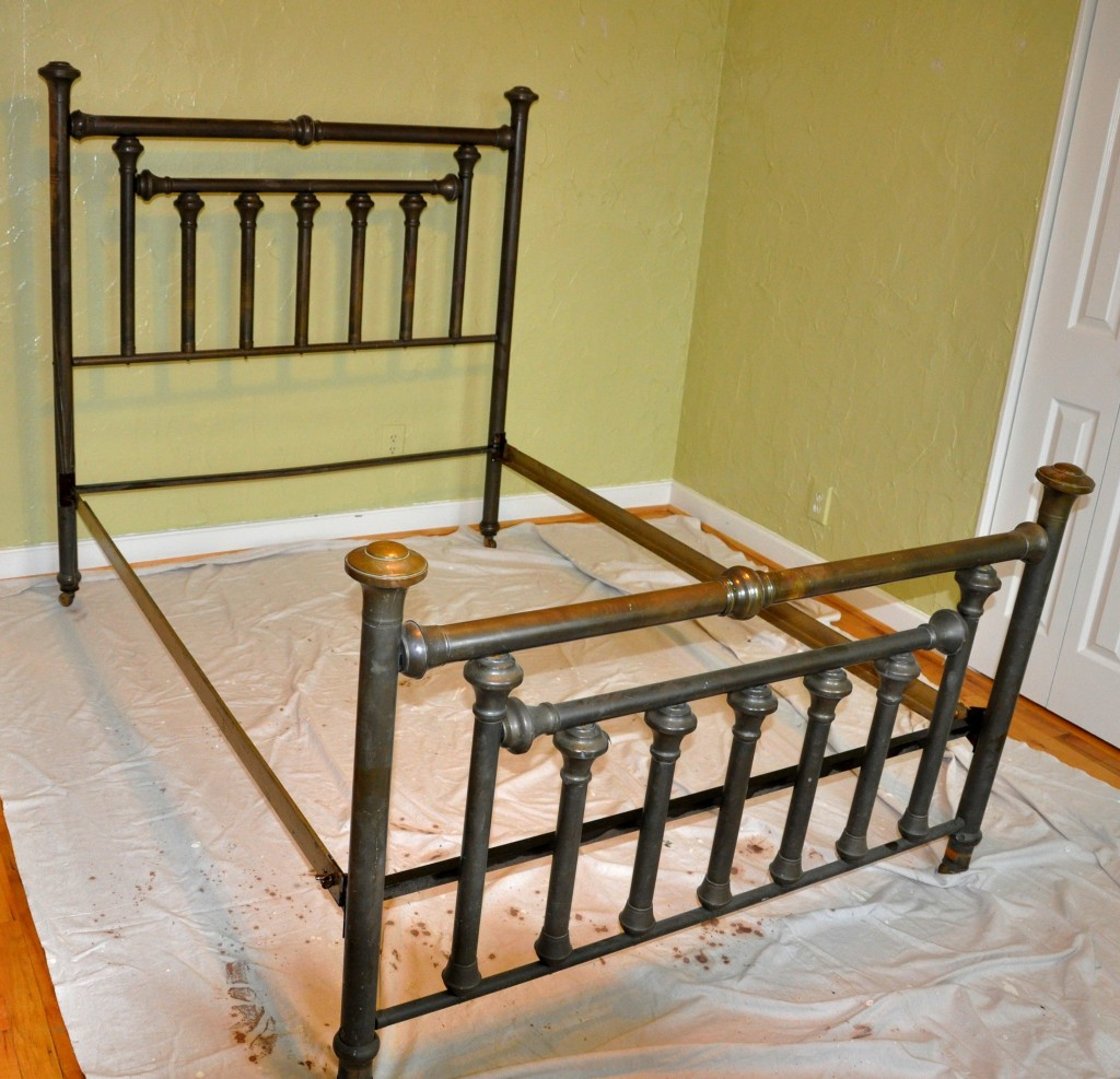 Image of: Iron Bed Frame